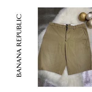 BANANA REPUBLIC Emerson shorts size 32